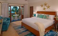 Tropical Beachfront Concierge Family Rooms