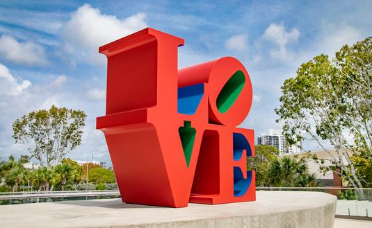 LOVE Sculpture by Robert Indiana at Aventura Mall. Photo by Leo Diaz.