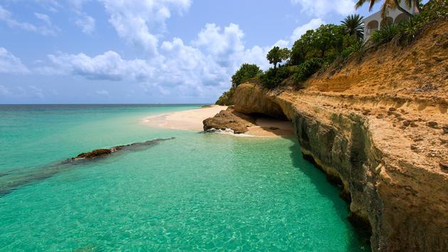 Rocky Anguilla Island