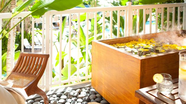 An outdoor spa tub at SpaTerre at LaPlaya Beach & Golf Resort