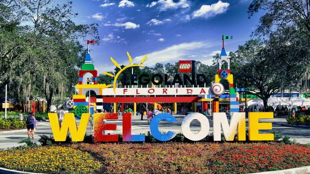 The entrance to LEGOLAND Florida Resort