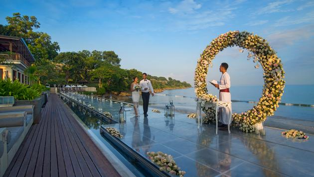 A Wedding at Four Seasons Resorts Bali