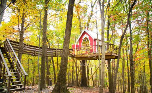 Mohicans Treehouse Resort in Glenmont, Ohio
