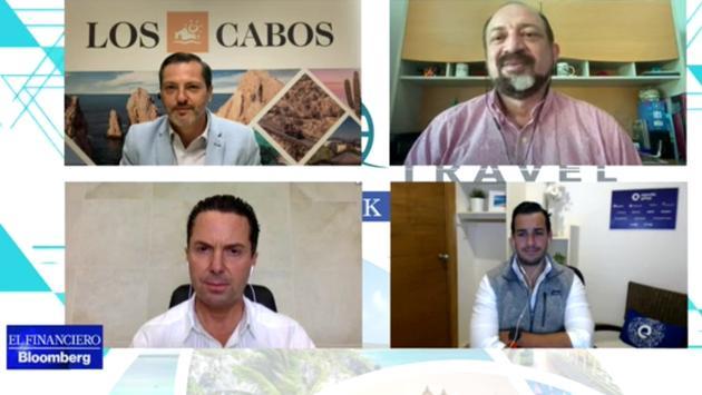 Panelistas del Foro Global Travel: Retos sin Precedente, organizado por el periódico El Financiero.
