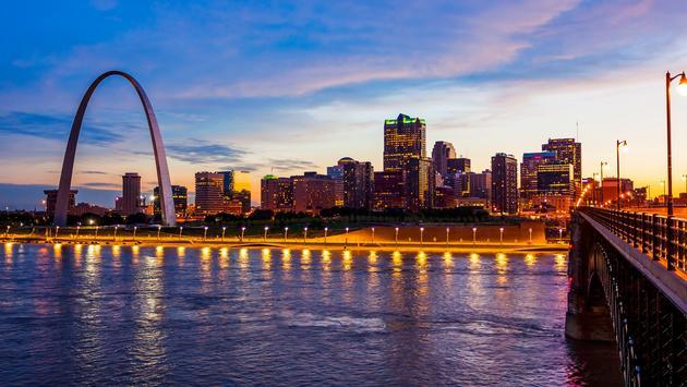 St Louis, Missouri skyline at dusk