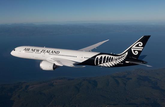 Air New Zealand Dreamliner in flight