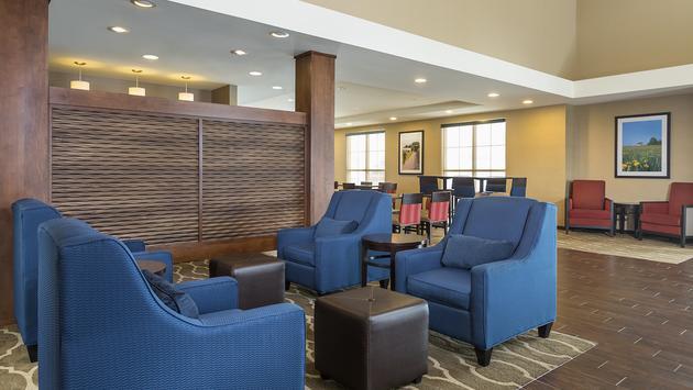 Comfort Hotels - lobby
