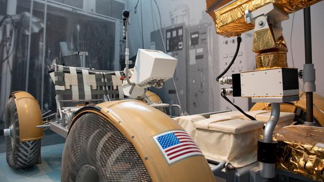 Lunar Rover, 'Destination Moon The Apollo 11 Mission.'