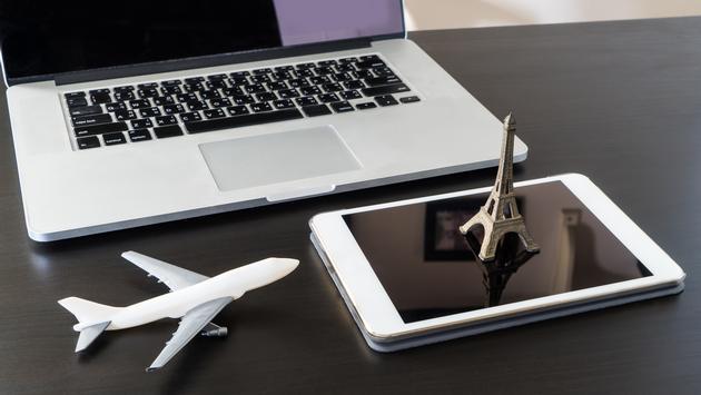 Tecnología para planear un viaje. Foto  junce / iStock / Getty Images Plus)