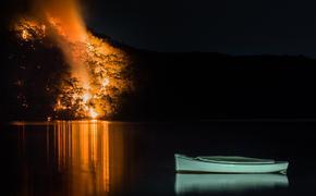 Brushfire, Australia, tourism