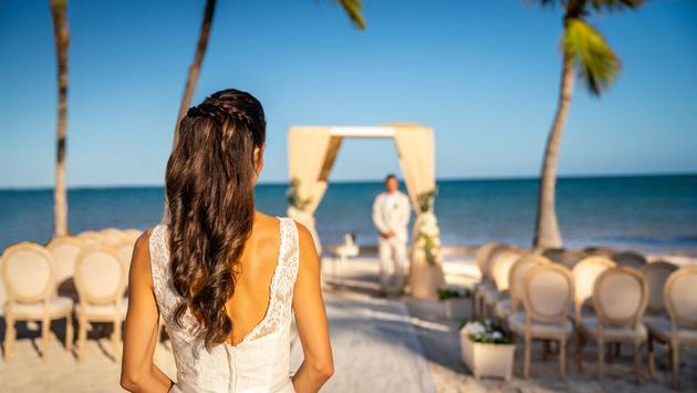 Wedding couple at Sanctuary Cap Cana