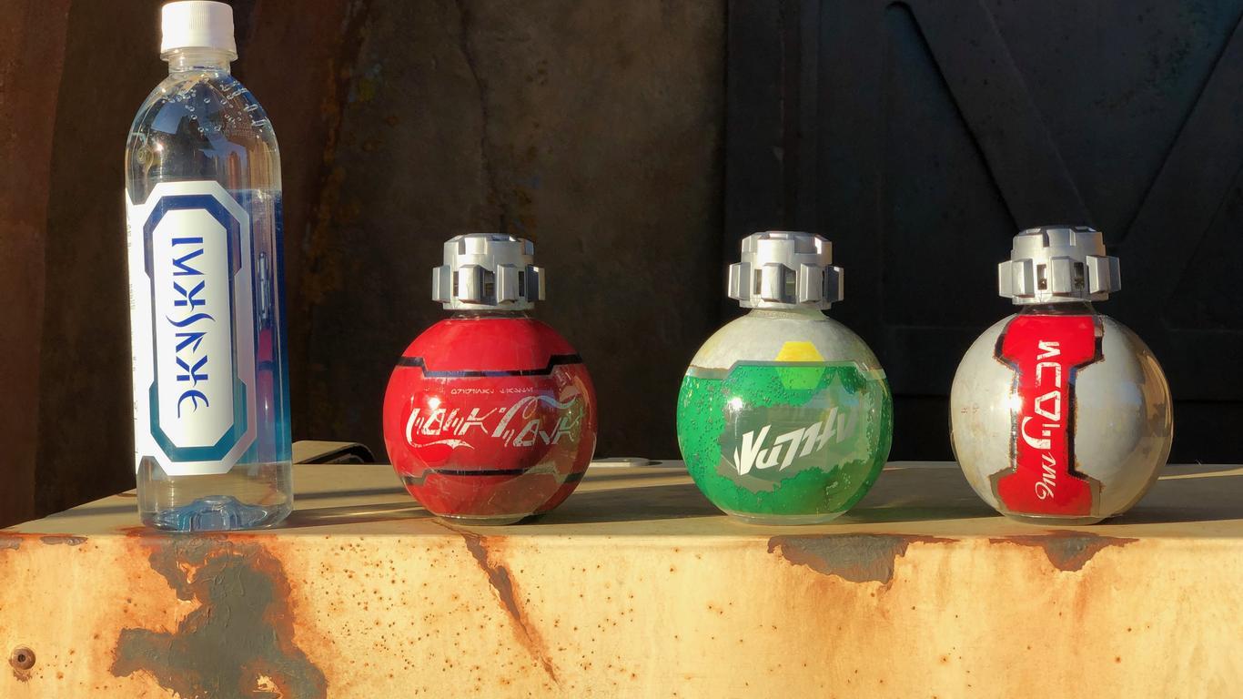 TSA Reverses Decision on Banning Disney's Star Wars Coca-Cola Bottles