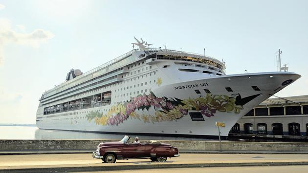 Cuba, cruise ship, classic car tour