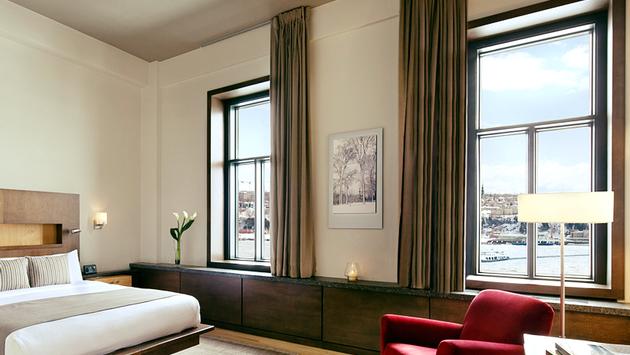 Une chambre à l'Hotel71