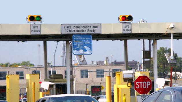 Congested U.S. and Canadian border crossing.