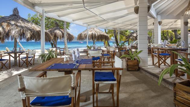 Sunset Restaurant and Bar at Palm Island Resort & Spa, Elite Island Resorts