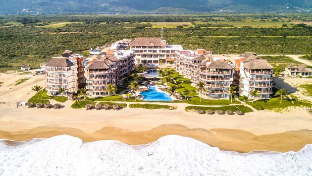 aerial view of Vivo Resorts near Puerto Escondido