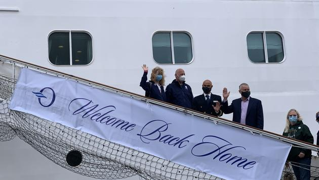 Guests boarded Oceania Cruises' Marina for the first time in 524 days.
