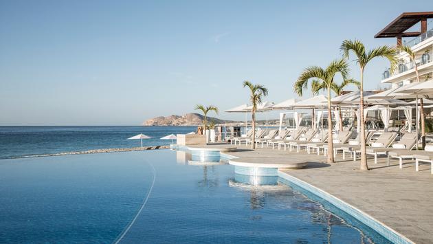 Le Blanc Los Cabos Infinity Pool, Palace Resorts