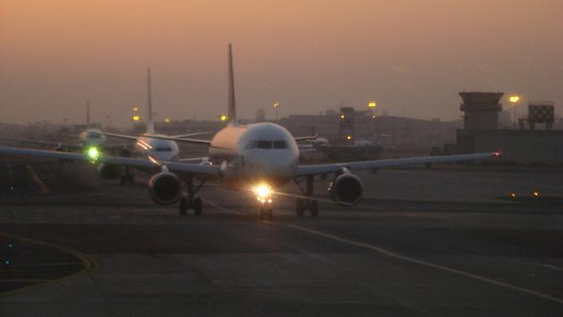 Planes preparing to take off from Mumbai Airport