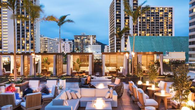 Rooftop 'Alohilani Resort Waikiki Beach