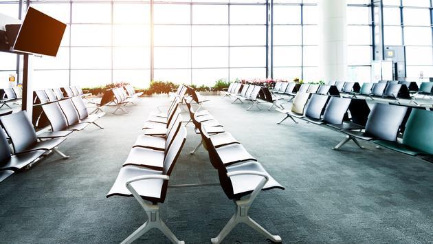 airport, gate, terminal, TV, chairs
