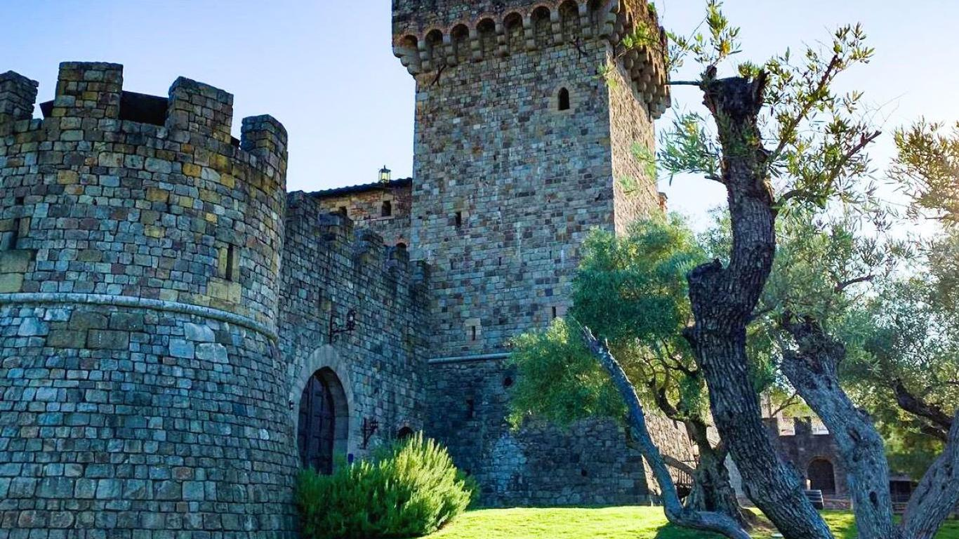Wine Tasting in a Castle, the Perfect Napa Experience