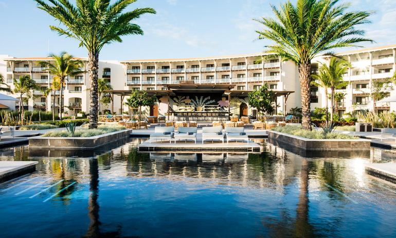 UNICO 2087 Hotel Riviera Maya, American Airlines Vacations