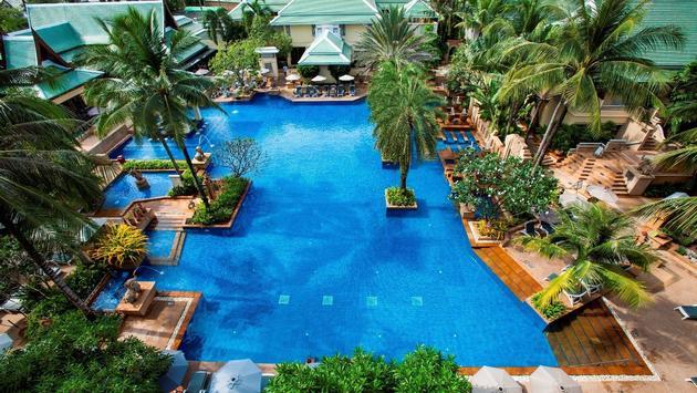 Holiday Inn Resort Phuket Main Pool