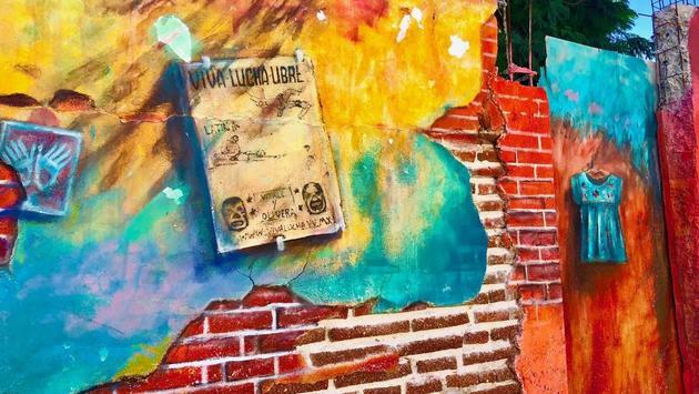 Wall art in San Jose del Cabo. (photo by Noreen Kompanik)