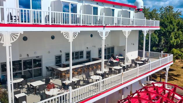 The River Club & Terrace on American Duchess
