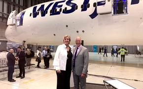 Westjet's Jane Clementino, Director Agency Sales and Chuck Crowder, VP Sales, Distribution and Contact Center
