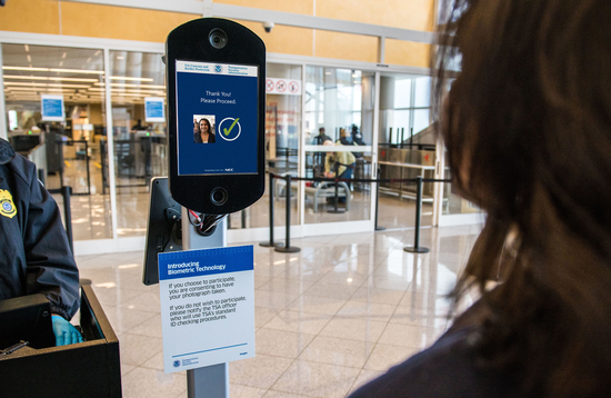 Delta goes touchless at Detroit Metropolitan Wayne County Airport
