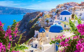 Oia town in Santorini, Greece.