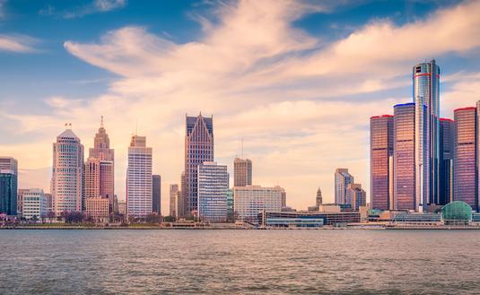 FOTO: Detroit Skyline, en Detroit, Michigan, EUA. (Foto de SolomonCrowe / iStock / Getty Images Plus)