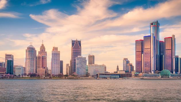 FOTO: Detroit Skyline, en Detroit, Michigan, EUA. (Foto de SolomonCrowe / iStock / Getty Images Plus)