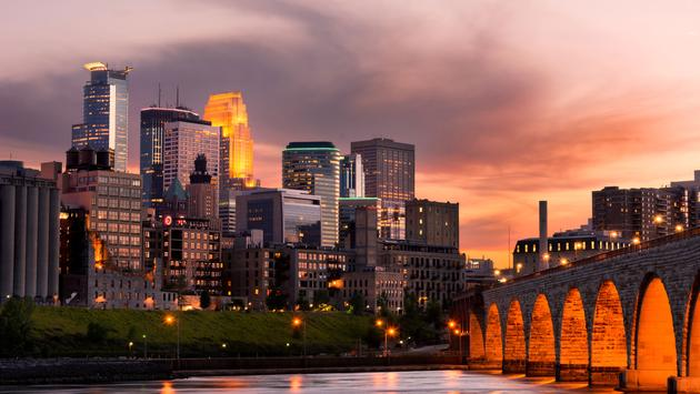 The Stone Arch Bridge in Minneapolis, Minnesota.