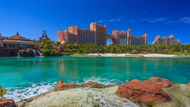 Bahamas pier landscape in Nassau city , Caribbean (Photo via WorachatSodsri/ iStock / Getty Images Plus)