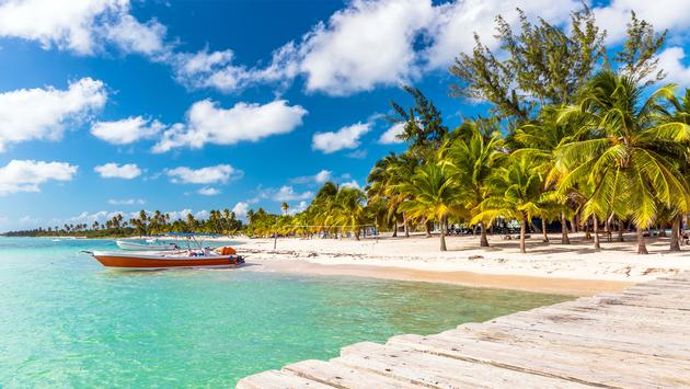 Beautiful caribbean beach on Saona island, Dominican Republic (photo via czekma13 / iStock / Getty Images Plus)
