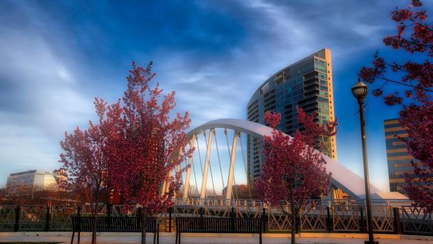 The Main Street Bridge in Columbus, Ohio (Photo via  aceshot / iStock / Getty Images Plus)