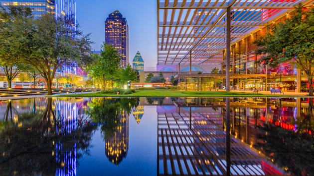 Dallas Texas Downtown (photo via Sean Pavone / iStock / Getty Images Plus)