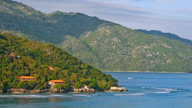 Coast of tropical haiti.  (photo via floridastock/iStock/Getty Images Plus)