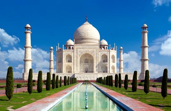 Taj mahal, Agra, India .  (photo via somchaisom/iStock/Getty Images Plus)