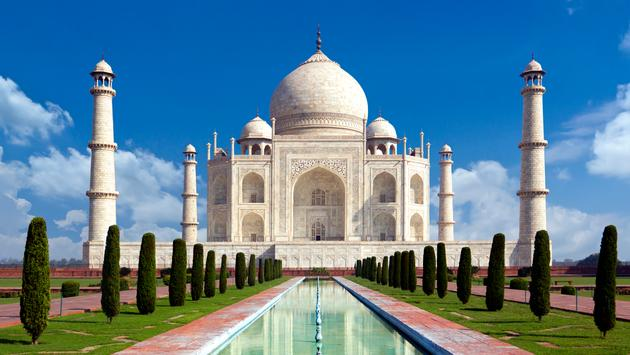 Taj mahal, Agra, India .  (photo via somchaisom/iStock/Getty Images Plus)