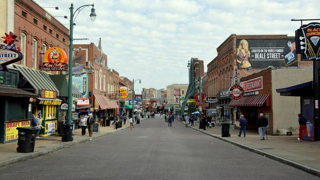 Beale St, Memphis (photo via Nclauzing / iStock / Getty Images Plus)