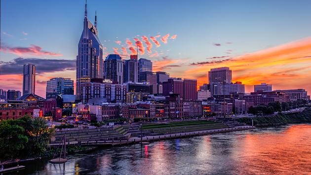 Downtown Nashville at Dusk from Pedestrian Brige (RichardBarrow / iStock / Getty Images Plus)