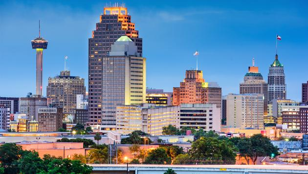 San Antonio, Texas, USA skyline. (photo via SeanPavonePhoto / iStock / Getty Images Plus)