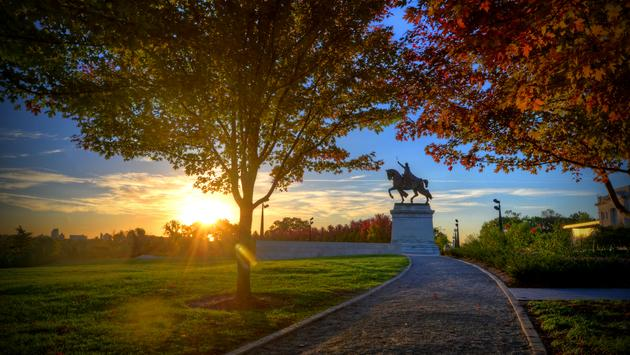 Apotheosis of St. Louis statue of King Louis IX of France during the fall in St. Louis, Missouri.