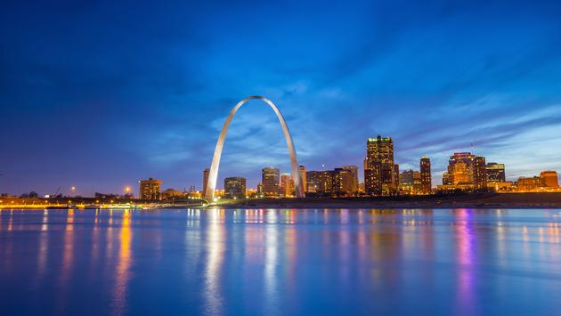 St. Louis downtown at twilight. (photo via f11photo / iStock / Getty Images Plus)