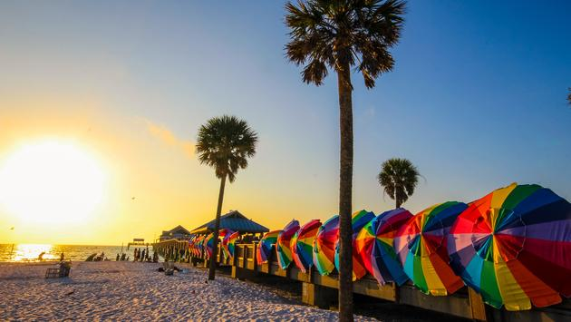 Vibrant colors of Clearwater beach, Florida (Photo via sreenath_k / iStock / Getty Images Plus)